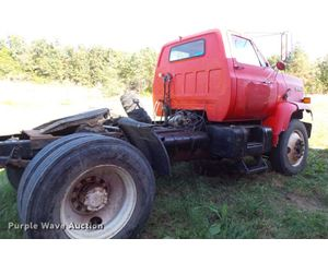 1988 Chevrolet Kodiak semi truck