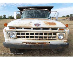 1966 Ford dump truck