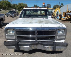 1993 Dodge D350 flatbed pickup truck