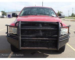 2003 Dodge Ram 2500 flatbed pickup truck