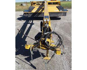 2013 Vermeer MC3700 center pivot mower conditioner