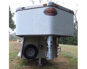 2002 Sundowner Rancher livestock trailer