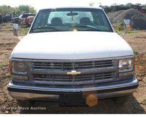 2000 Chevrolet 3500 Crew Cab pickup truck