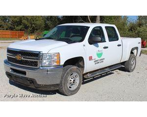 2013 Chevrolet Silverado 2500HD Crew Cab pickup truck