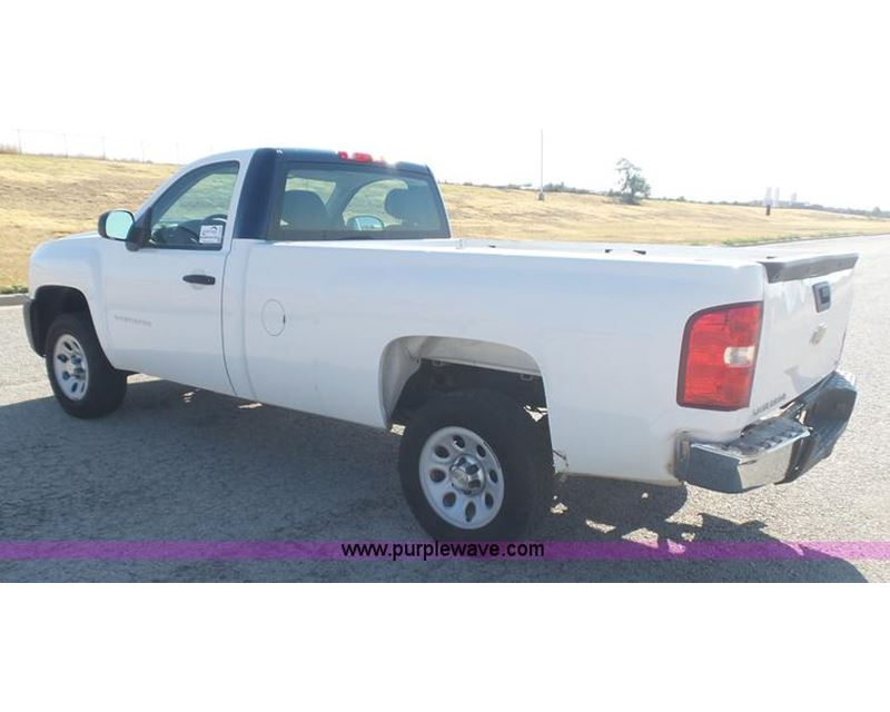 2010 chevrolet silverado 1500 pickup truck for sale manhattan ks. Black Bedroom Furniture Sets. Home Design Ideas