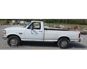 1997 Ford F250 pickup truck