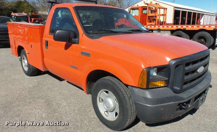 2006 ford f250 super duty xl utility bed pickup truck for sale 204 164 miles hutchinson ks. Black Bedroom Furniture Sets. Home Design Ideas