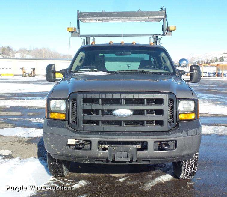 2006 Ford F350 Super Duty Crew Cab Utility Truck For Sale