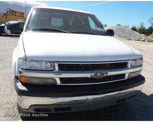 2001 Chevrolet Suburban K1500 SUV