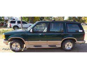 1994 Ford Explorer Eddie Bauer SUV