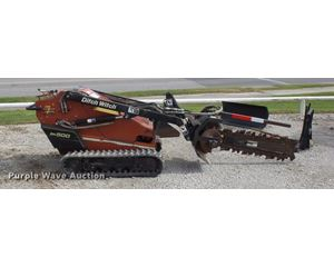 2003 Ditch Witch SK500 compact tool carrier