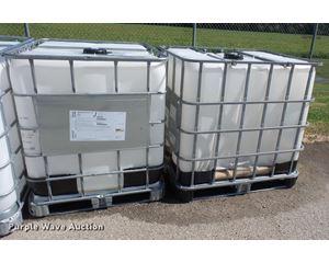 (11) 250 gallon totes