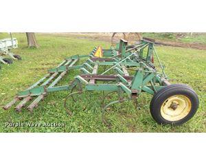 John Deere 1010 cultivator