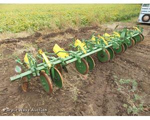 John Deere cultivator