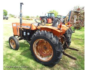 1984 Allis Chalmers 5020 tractor