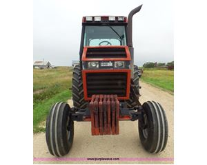 1985 Case 2294 tractor