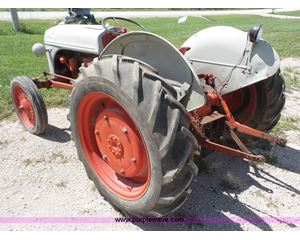 1940 Ford 9N tractor