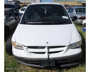 1999 Dodge Caravan van