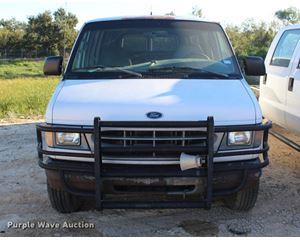 2002 Ford Econoline E350 van