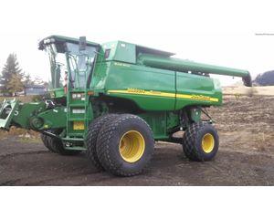 John Deere 9760 STS Combine Harvester