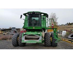 John Deere 9860 STS Combine Harvester