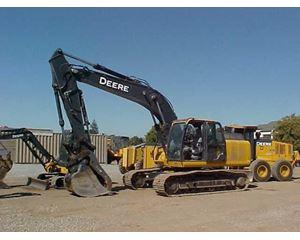 John Deere 210G LC Crawler Excavator