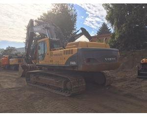 Volvo EC460 Crawler Excavator