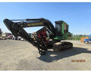 John Deere 2454D Harvester