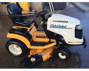 CUB CADET GT2542 Motorized / Riding Mower