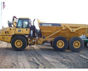 John Deere 300D II Off-Highway Truck