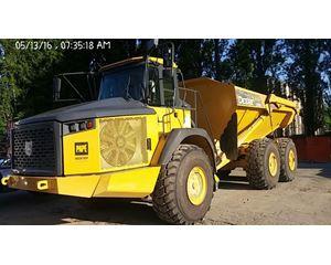 John Deere 370E Off-Highway Truck