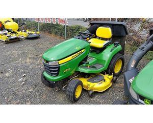 John Deere X500 Riding Lawn Mower