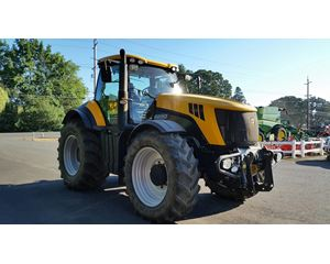 JCB 8250 Tractors - 175 HP or Greater