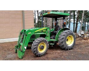 John Deere 5205 Tractors - 40 HP to 99 HP