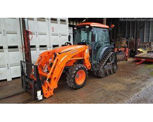 Kubota M8540 Tractors - 40 HP to 99 HP