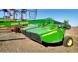 John Deere 946 Windrower