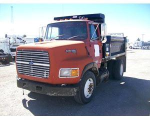 Ford L9000 Heavy Duty Dump Truck