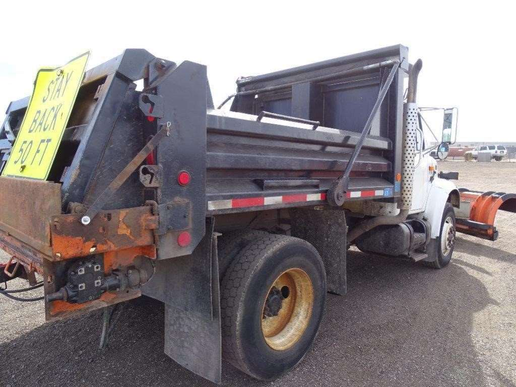2002 international 4900 heavy duty dump truck for sale 98 699 miles idaho falls id 0717. Black Bedroom Furniture Sets. Home Design Ideas