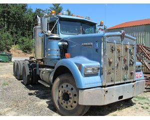 Kenworth W900 Hauler Truck