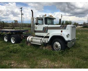 MAC Truck Hauler Truck