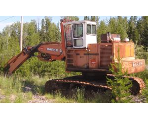 Barko 475 Log Loader