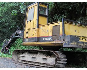 Caterpillar 225B LC (229) Log Loader
