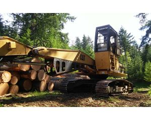 Caterpillar 322 Log Loader