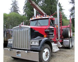 Kenworth W900 Logging Truck