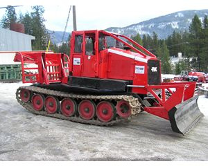 FMC 210 Skidder