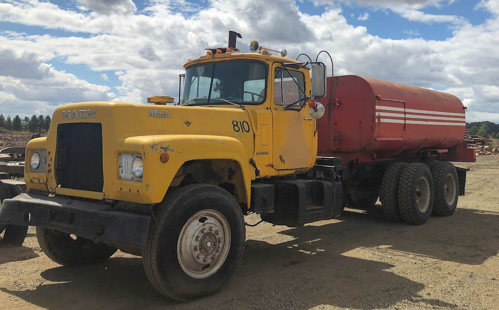 1974 Mack R700 Water Truck For Sale Rickreall Or Cc Heavy Equipment