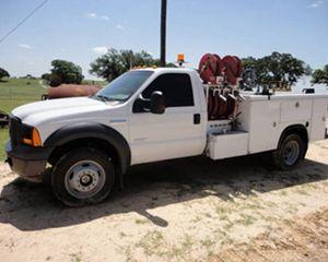 Ford F550 Fuel/Lube/Mechanics Mechanic Truck