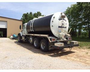 Mack GRANITE GU713 Vacuum Tank Truck