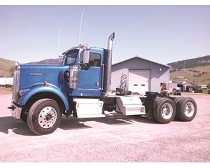 Kenworth W900B Conventional Truck