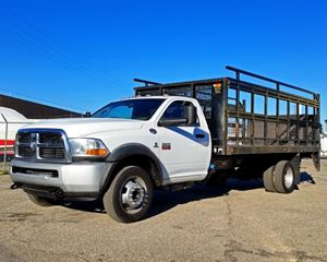 Dodge Ram 5500 Stake Truck